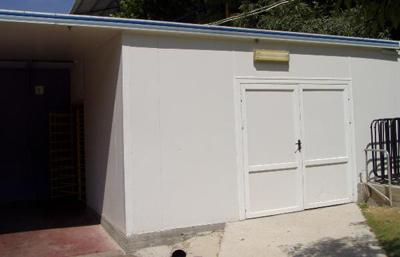 בנית מחסן מחוץ לבית